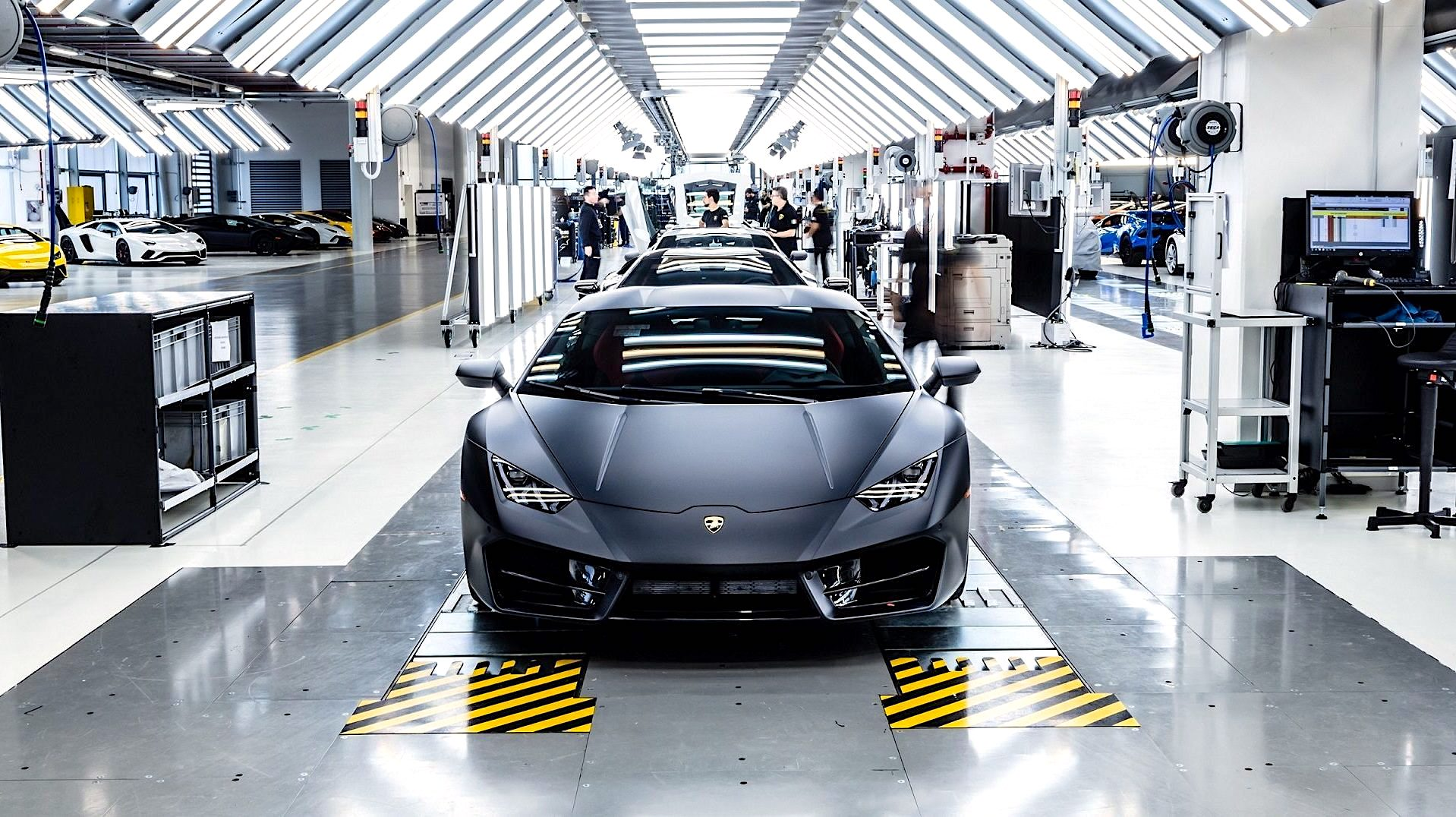 Lamborghini Factory, Robb Report Car of the Year Winner's Circle